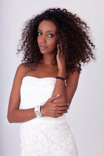 medium curly hair type hairstyles